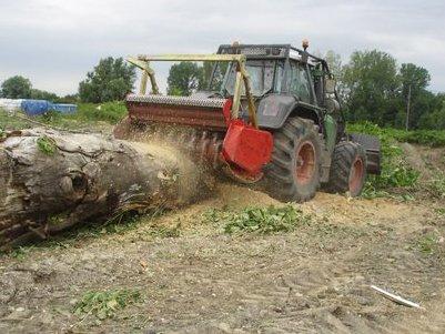 Achat location engins entretien espaces verts francin - Location broyeur forestier ...